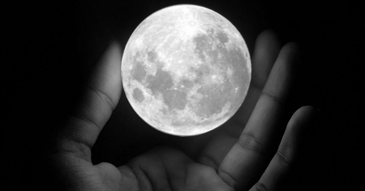 マイクロムーンはいつ?意味は?満月カレンダーや各月の満月名と由来も!!